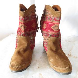 Minnetonka Western Suede Boots